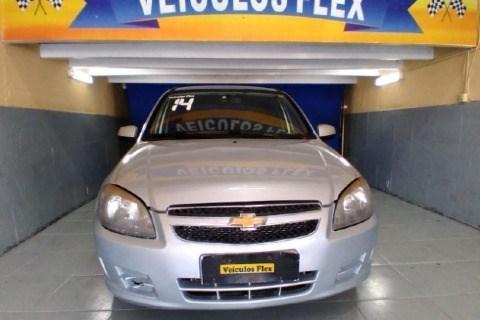 //www.autoline.com.br/carro/chevrolet/celta-10-lt-8v-flex-4p-manual/2014/rio-de-janeiro-rj/14071376