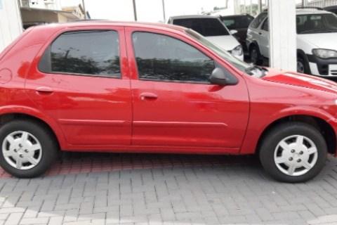 //www.autoline.com.br/carro/chevrolet/celta-10-spirit-8v-flex-4p-manual/2007/chapeco-sc/14261925