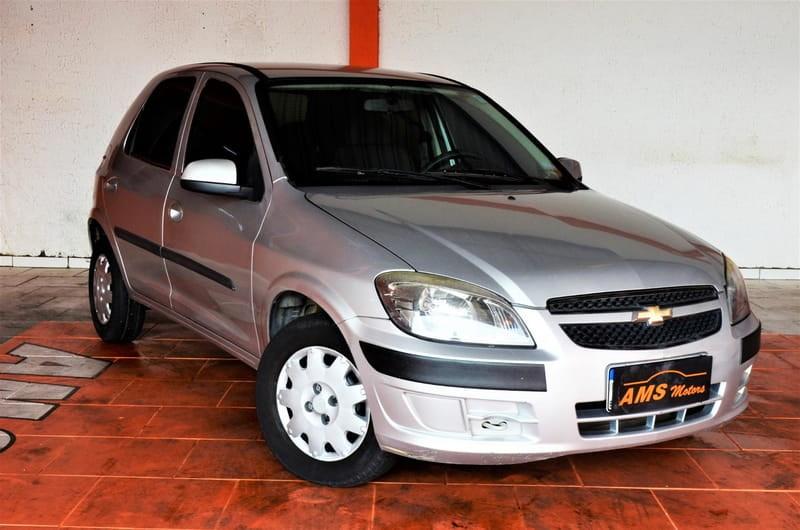 //www.autoline.com.br/carro/chevrolet/celta-10-lt-8v-flex-4p-manual/2013/curitiba-pr/14336908