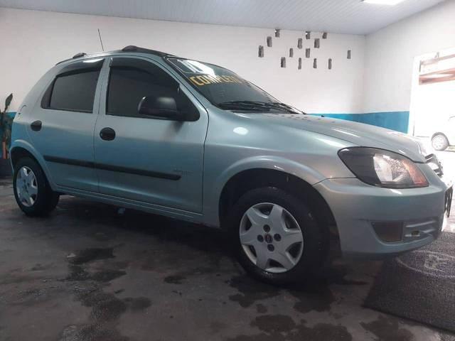 //www.autoline.com.br/carro/chevrolet/celta-10-spirit-8v-flex-4p-manual/2010/sao-paulo-sp/14485619