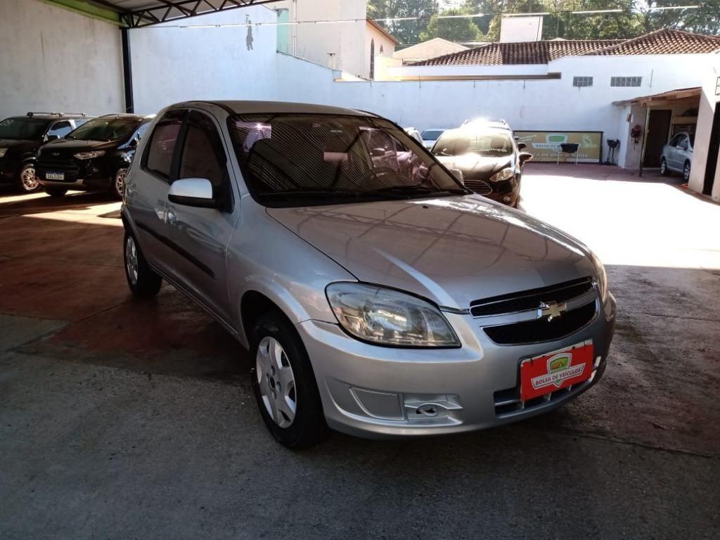//www.autoline.com.br/carro/chevrolet/celta-10-lt-8v-flex-4p-manual/2014/ribeirao-preto-sp/14589650