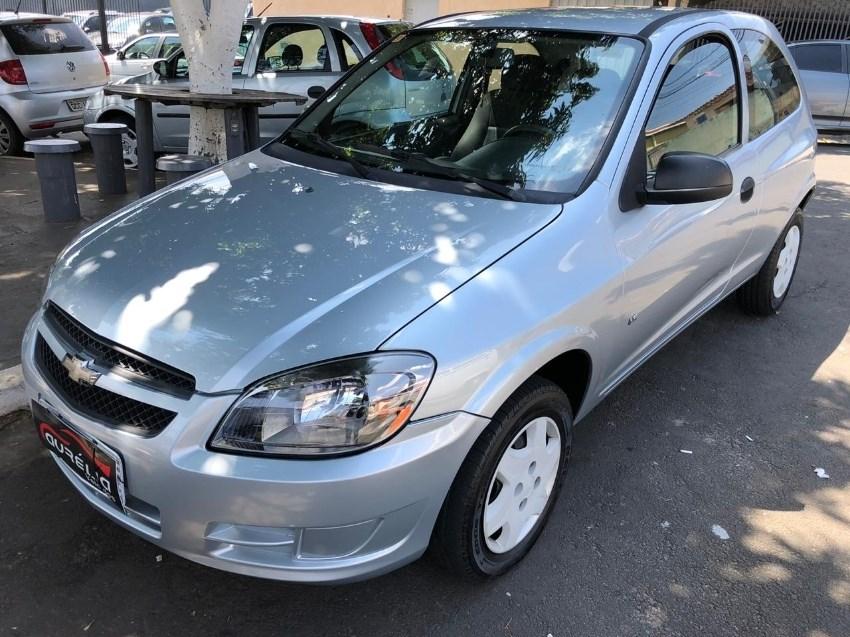 //www.autoline.com.br/carro/chevrolet/celta-10-ls-8v-flex-2p-manual/2012/campinas-sp/14639396