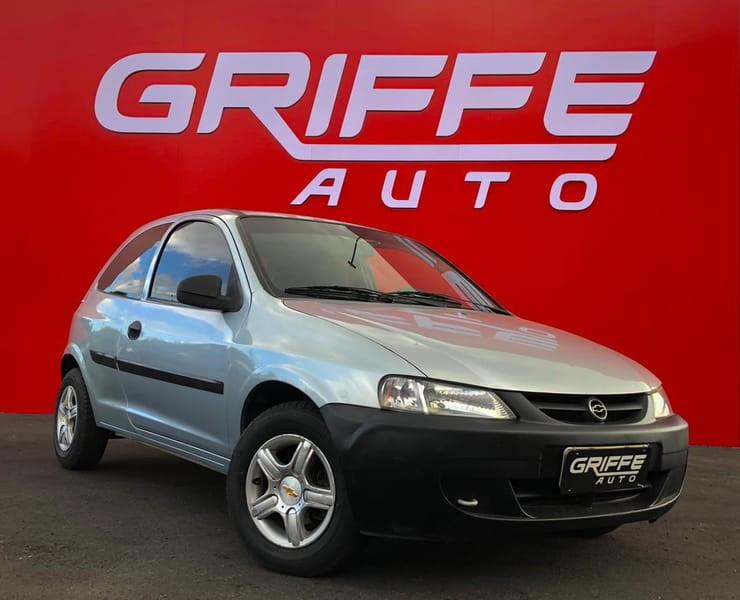 //www.autoline.com.br/carro/chevrolet/celta-10-life-8v-gasolina-2p-manual/2005/curitiba-pr/14680710