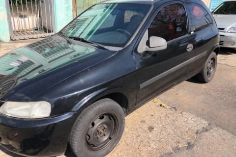 //www.autoline.com.br/carro/chevrolet/celta-10-8v-gasolina-2p-manual/2003/sao-paulo-sp/14856253