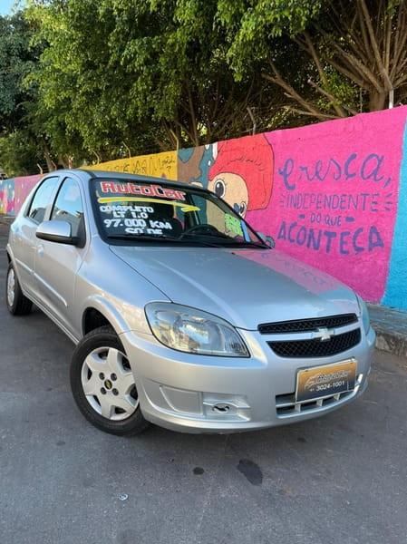 //www.autoline.com.br/carro/chevrolet/celta-10-lt-8v-flex-4p-manual/2013/brasilia-df/14918560