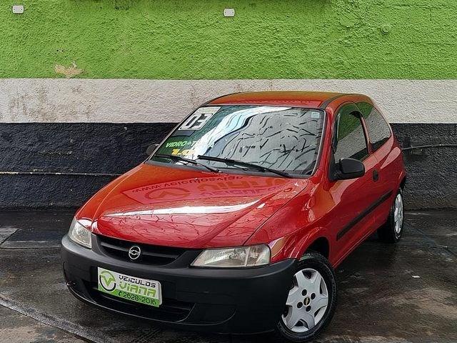 //www.autoline.com.br/carro/chevrolet/celta-10-8v-gasolina-2p-manual/2003/sao-paulo-sp/15027142