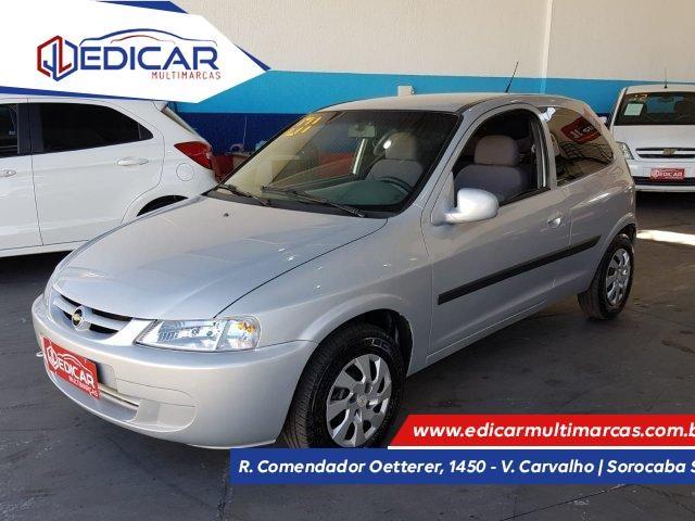 //www.autoline.com.br/carro/chevrolet/celta-10-l-8v-gasolina-2p-manual/2001/sorocaba-sp/15059060