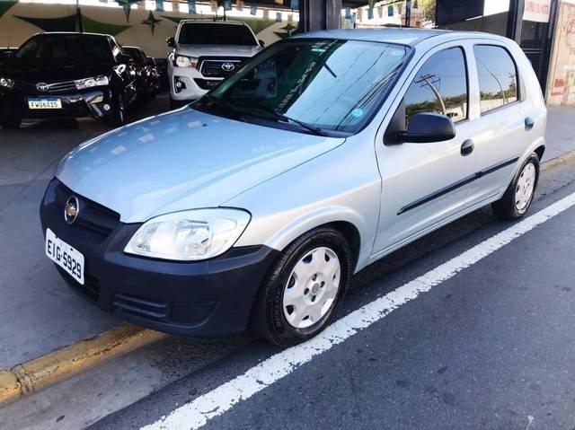 //www.autoline.com.br/carro/chevrolet/celta-10-life-8v-flex-4p-manual/2009/salto-sp/15143854