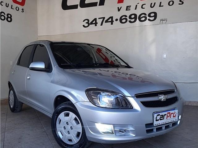 //www.autoline.com.br/carro/chevrolet/celta-10-lt-8v-flex-4p-manual/2015/belo-horizonte-mg/15145411
