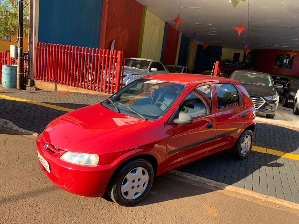 //www.autoline.com.br/carro/chevrolet/celta-14-super-8v-gasolina-4p-manual/2006/cafelandia-pr/15148543