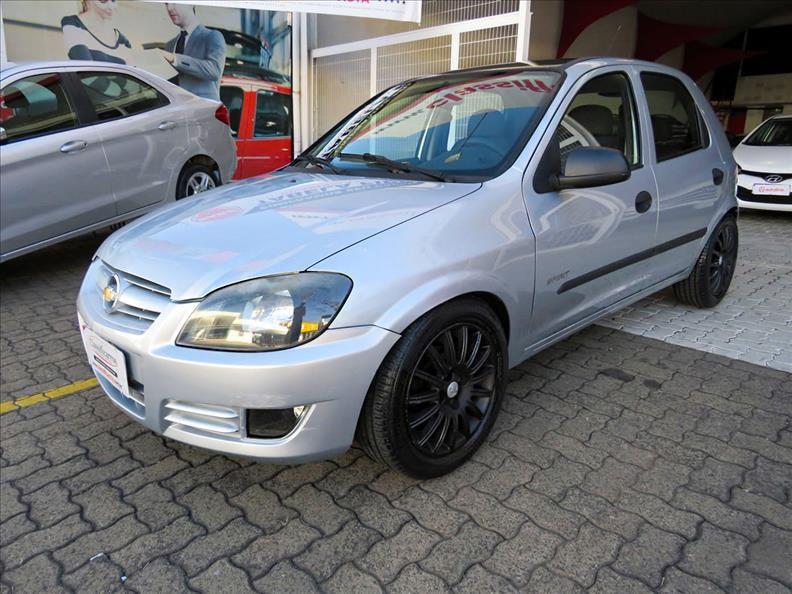 //www.autoline.com.br/carro/chevrolet/celta-10-spirit-8v-flex-4p-manual/2011/campinas-sp/15176042