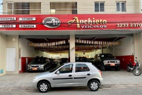 //www.autoline.com.br/carro/chevrolet/celta-10-8v-gasolina-4p-manual/2003/fortaleza-ce/15187736