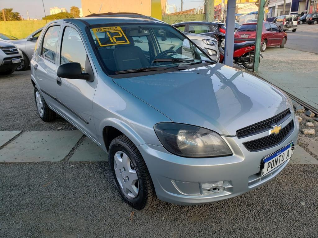 //www.autoline.com.br/carro/chevrolet/celta-10-ls-8v-flex-4p-manual/2012/campinas-sp/15233598