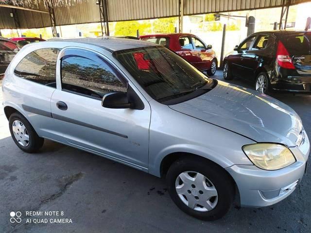 //www.autoline.com.br/carro/chevrolet/celta-10-life-8v-flex-2p-manual/2009/ribeirao-pires-sp/15264637