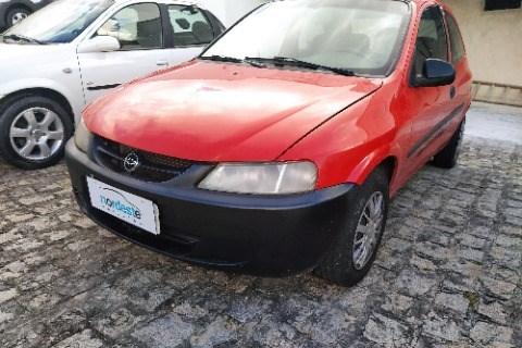 //www.autoline.com.br/carro/chevrolet/celta-10-8v-gasolina-2p-manual/2002/campina-grande-pb/15378600
