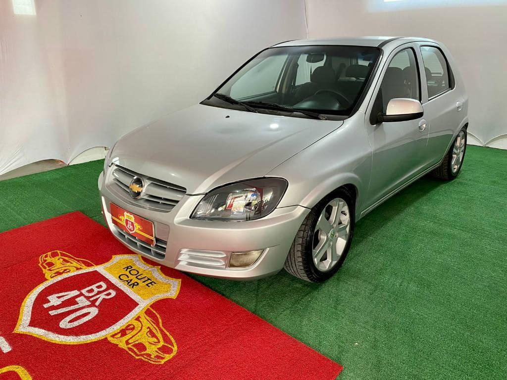 //www.autoline.com.br/carro/chevrolet/celta-10-ls-8v-flex-2p-manual/2013/blumenau-sc/15466794