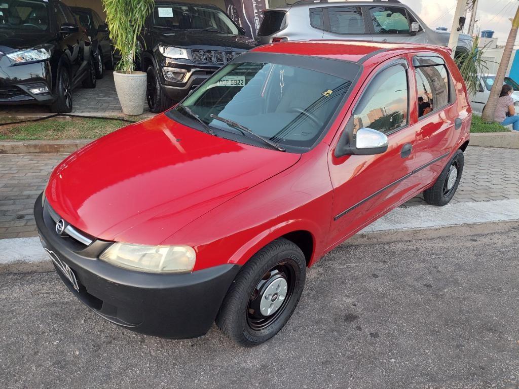 //www.autoline.com.br/carro/chevrolet/celta-10-8v-gasolina-4p-manual/2004/parnamirim-rn/15516541
