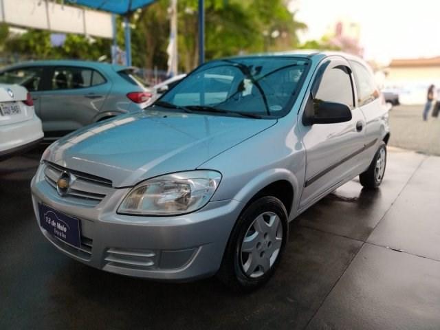 //www.autoline.com.br/carro/chevrolet/celta-10-life-8v-flex-2p-manual/2009/indaiatuba-sp/15599136