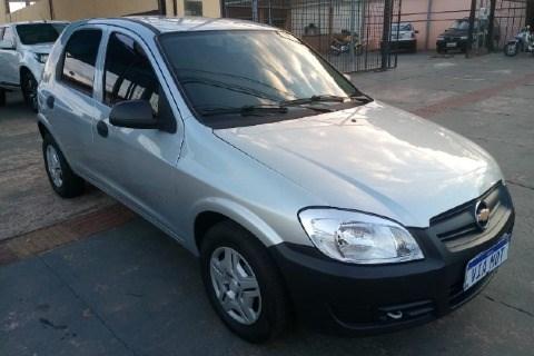 //www.autoline.com.br/carro/chevrolet/celta-10-life-8v-flex-4p-manual/2011/campo-grande-ms/15600473