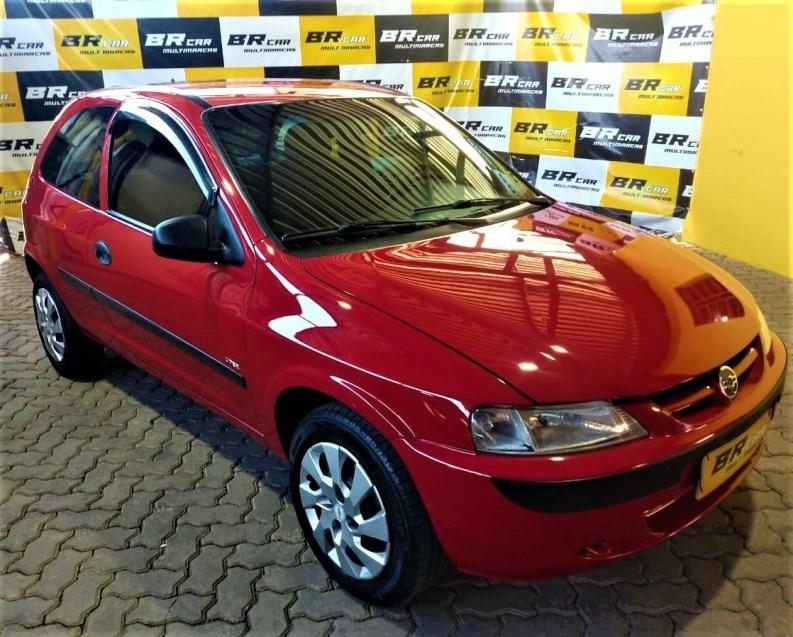 //www.autoline.com.br/carro/chevrolet/celta-10-8v-gasolina-4p-manual/2004/caxias-do-sul-rs/15661960