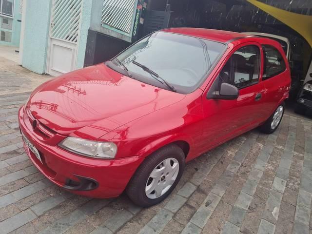 //www.autoline.com.br/carro/chevrolet/celta-14-8v-gasolina-2p-manual/2004/sao-paulo-sp/15681604