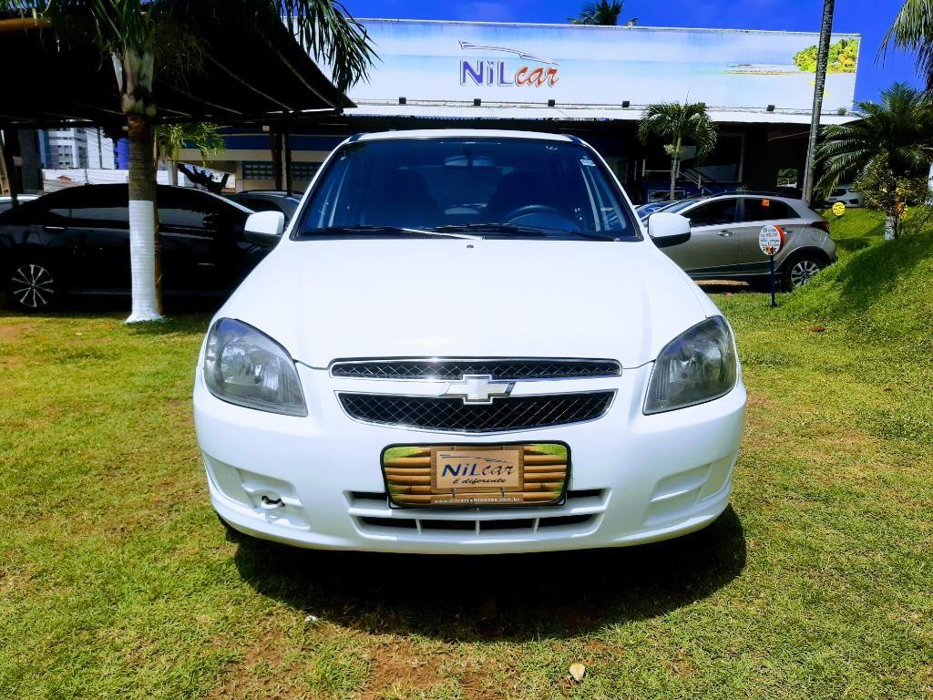 //www.autoline.com.br/carro/chevrolet/celta-10-lt-8v-flex-4p-manual/2014/natal-rn/15688019
