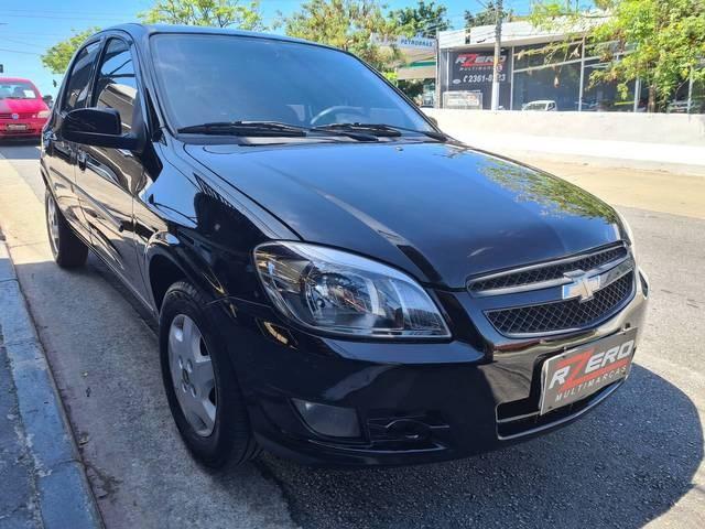 //www.autoline.com.br/carro/chevrolet/celta-10-lt-8v-flex-4p-manual/2013/sao-paulo-sp/15699546