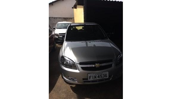 //www.autoline.com.br/carro/chevrolet/celta-10-lt-8v-flex-4p-manual/2016/aracatuba-sp/6133163