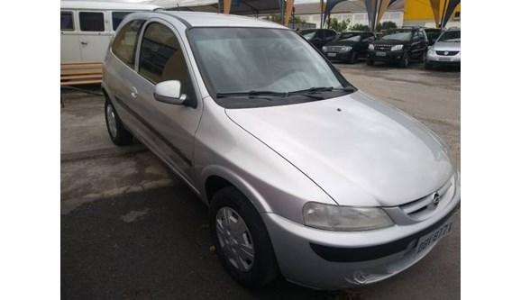 //www.autoline.com.br/carro/chevrolet/celta-10-super-vhc-8v-70cv-4p-gasolina-manual/2001/atibaia-sp/6778984