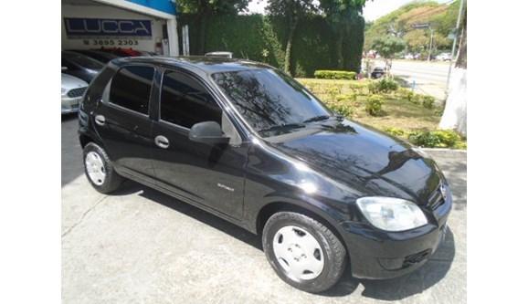 //www.autoline.com.br/carro/chevrolet/celta-10-spirit-8v-flex-4p-manual/2011/sao-paulo-sp/6787923