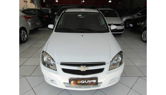 //www.autoline.com.br/carro/chevrolet/celta-10-lt-8v-flex-4p-manual/2015/maringa-pr/7047889