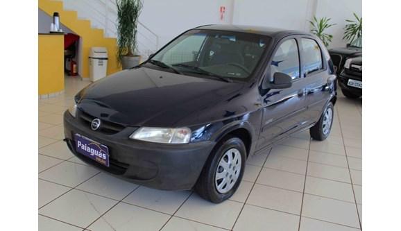 //www.autoline.com.br/carro/chevrolet/celta-10-life-8v-gasolina-4p-manual/2005/maringa-pr/7424361