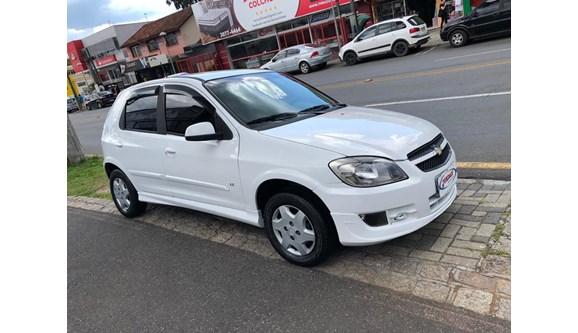 //www.autoline.com.br/carro/chevrolet/celta-10-lt-8v-flex-4p-manual/2012/curitiba-pr/8382732