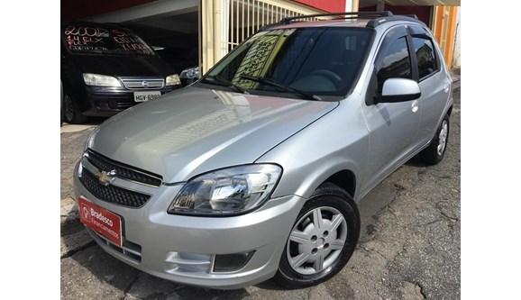 //www.autoline.com.br/carro/chevrolet/celta-10-lt-8v-flex-4p-manual/2014/sao-paulo-sp/8421027