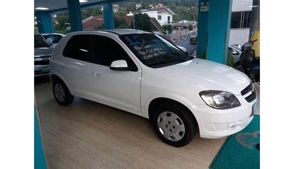 //www.autoline.com.br/carro/chevrolet/celta-10-lt-8v-flex-4p-manual/2015/joacaba-sc/8476304