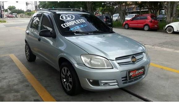 //www.autoline.com.br/carro/chevrolet/celta-10-spirit-8v-flex-4p-manual/2009/sao-paulo-sp/9137204
