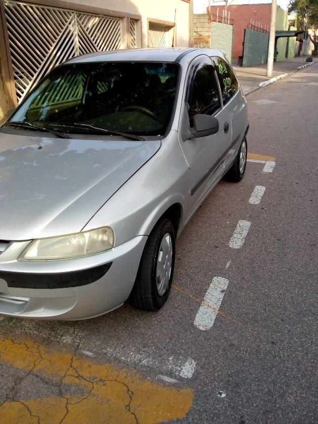 //www.autoline.com.br/carro/chevrolet/celta-14-8v-gasolina-2p-manual/2004/jundiai-sp/9528989