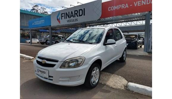 //www.autoline.com.br/carro/chevrolet/celta-10-lt-8v-flex-4p-manual/2015/chapeco-sc/6619520