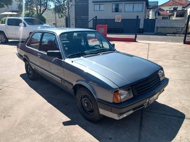//www.autoline.com.br/carro/chevrolet/chevette-sedan-16-dl-75cv-2p-gasolina-manual/1990/bauru-sp/14452604