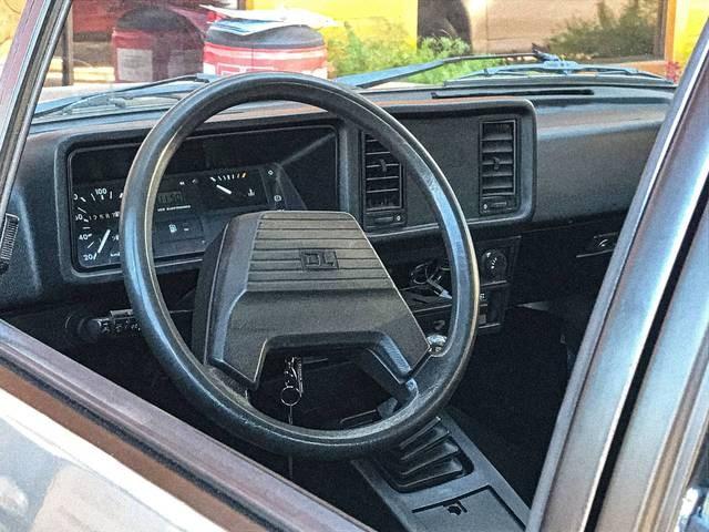 //www.autoline.com.br/carro/chevrolet/chevette-sedan-16-dl-75cv-2p-gasolina-manual/1992/gramado-rs/14556300