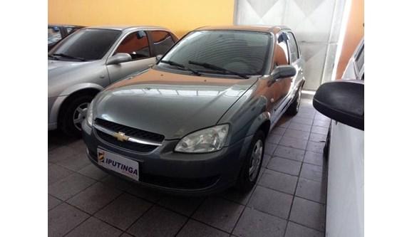 //www.autoline.com.br/carro/chevrolet/classic-10-ls-8v-flex-4p-manual/2013/recife-pe/10243056