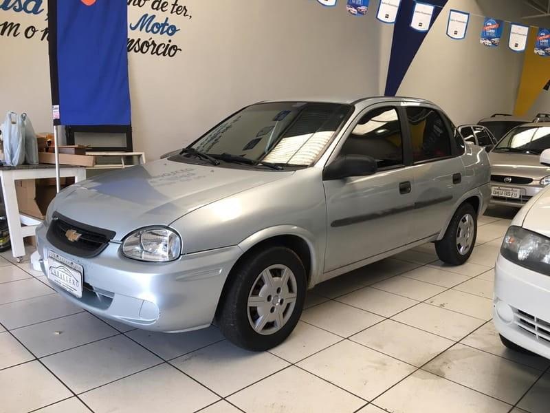 //www.autoline.com.br/carro/chevrolet/classic-10-8v-flex-4p-manual/2010/americo-brasiliense-sp/10476317