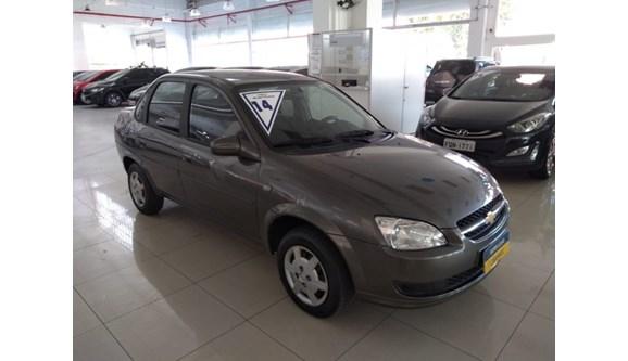 //www.autoline.com.br/carro/chevrolet/classic-10-ls-8v-flex-4p-manual/2014/sao-paulo-sp/11370917