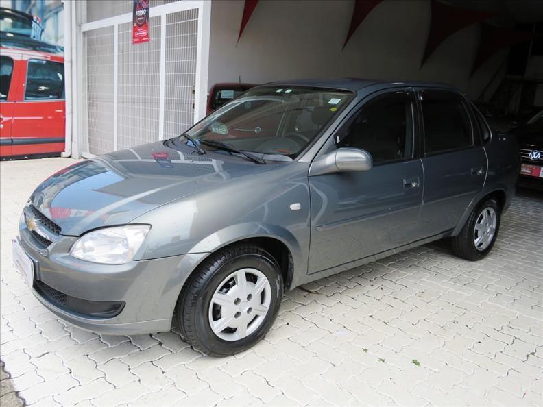 //www.autoline.com.br/carro/chevrolet/classic-10-ls-8v-flex-4p-manual/2013/campinas-sp/12932696