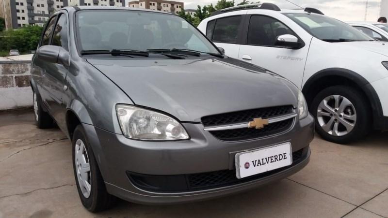 //www.autoline.com.br/carro/chevrolet/classic-10-ls-8v-flex-4p-manual/2012/campinas-sp/13058961