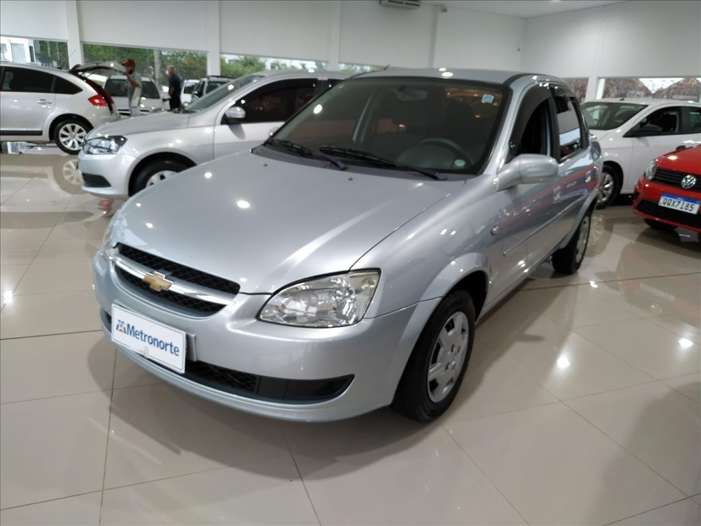 //www.autoline.com.br/carro/chevrolet/classic-10-ls-8v-flex-4p-manual/2013/londrina-pr/13192701