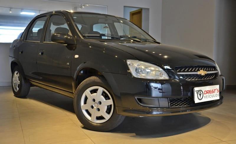 //www.autoline.com.br/carro/chevrolet/classic-10-ls-8v-flex-4p-manual/2012/brasilia-df/13558390