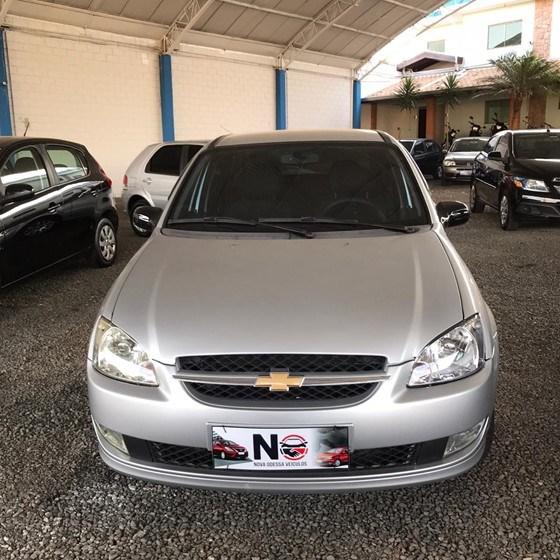 //www.autoline.com.br/carro/chevrolet/classic-10-advantage-8v-flex-4p-manual/2015/nova-odessa-sp/13623508