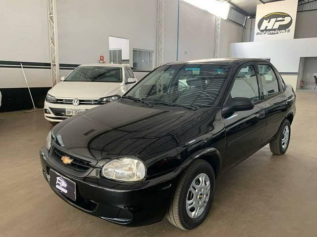 //www.autoline.com.br/carro/chevrolet/classic-10-8v-flex-4p-manual/2010/quirinopolis-go/13644057