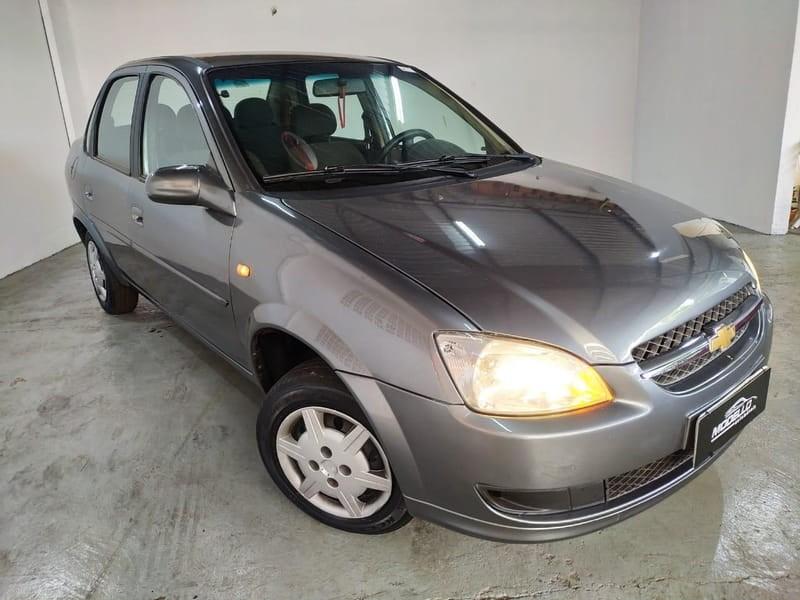 //www.autoline.com.br/carro/chevrolet/classic-10-ls-8v-flex-4p-manual/2012/cascavel-pr/13692105